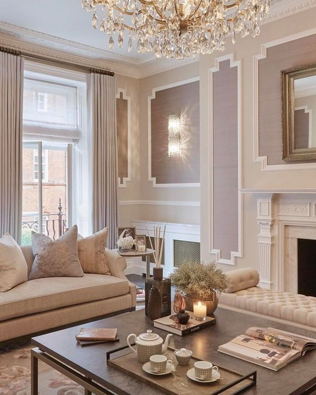 Popular French Country Living Room Decoration Ideas 12