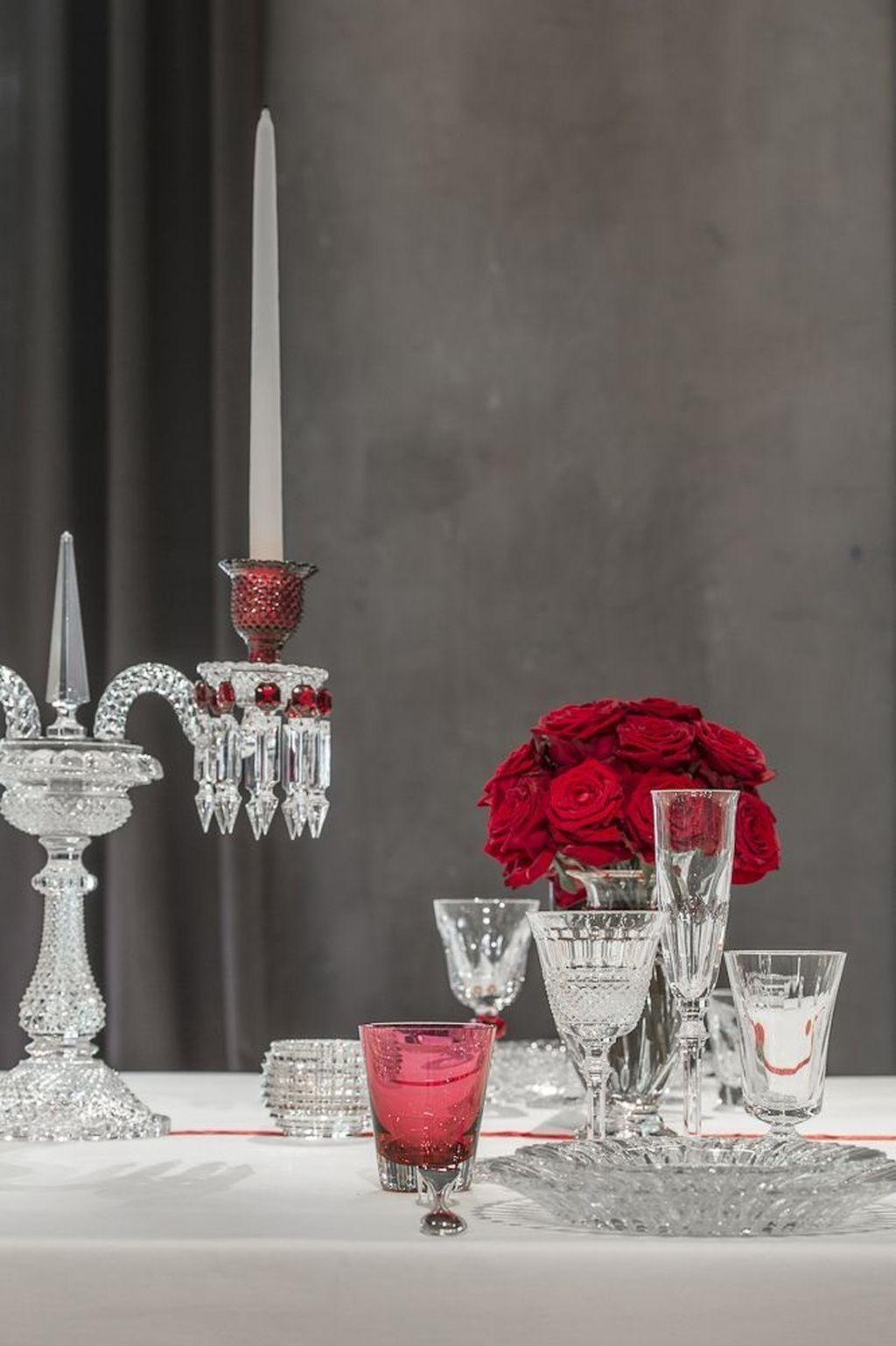Stunning Romantic Dining Room Decor Ideas Best For Valentines Day 30