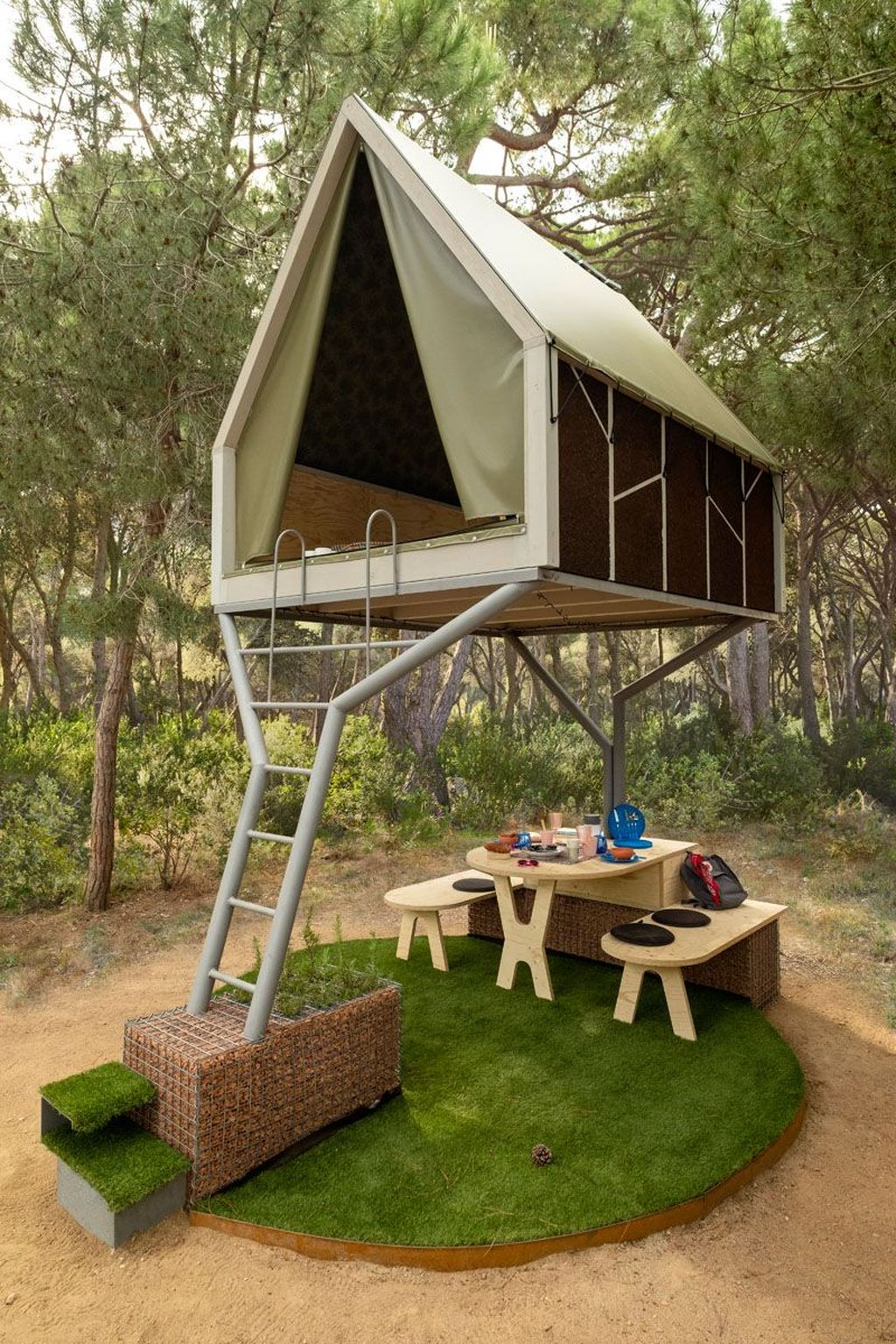 Stunning Tree House Designs You Never Seen Before 19