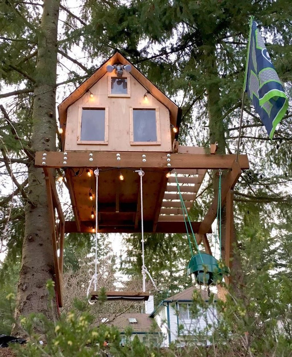 Stunning Tree House Designs You Never Seen Before 22