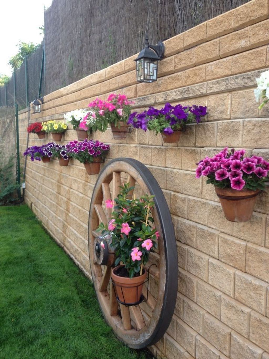 The Best Easy Garden Ideas To Beautify Your Yard 03