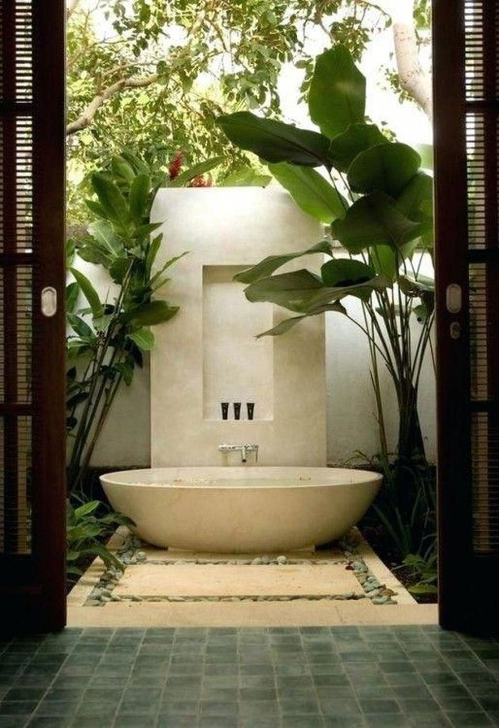 The Best Jungle Bathroom Decor Ideas To Get A Natural Impression 15