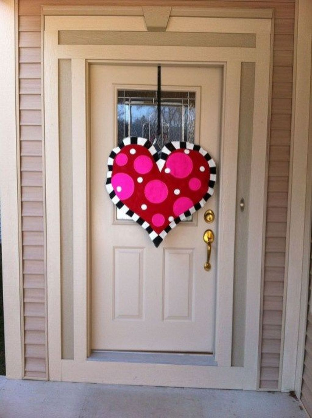 The Best Valentine Door Decorations 16