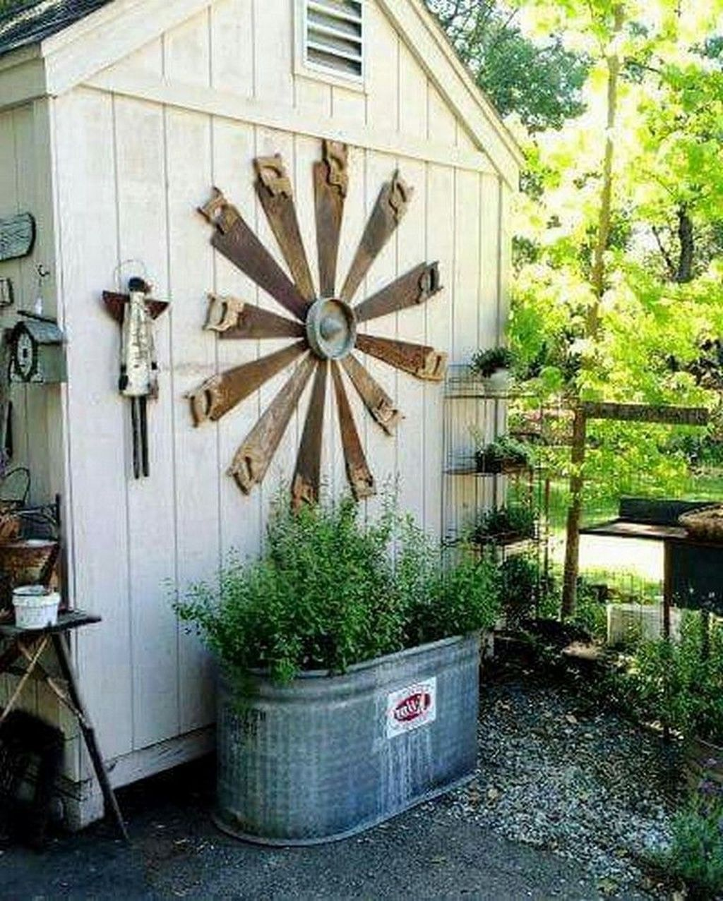 Beautiful Backyard Shed Landscaping Ideas 22
