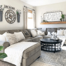 Gorgeous Farmhouse Style Decorating Ideas To Beautify Your Interior 24