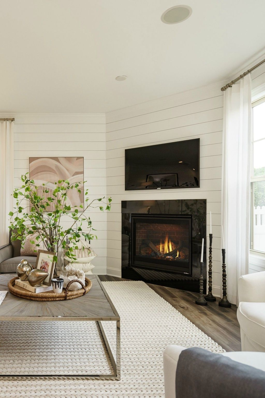 Stunning Corner Fireplace Design For Living Room 06