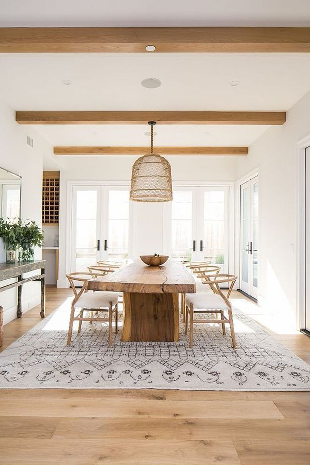 The Best Ideas To Decorate Interior Design With Farmhouse Style 24