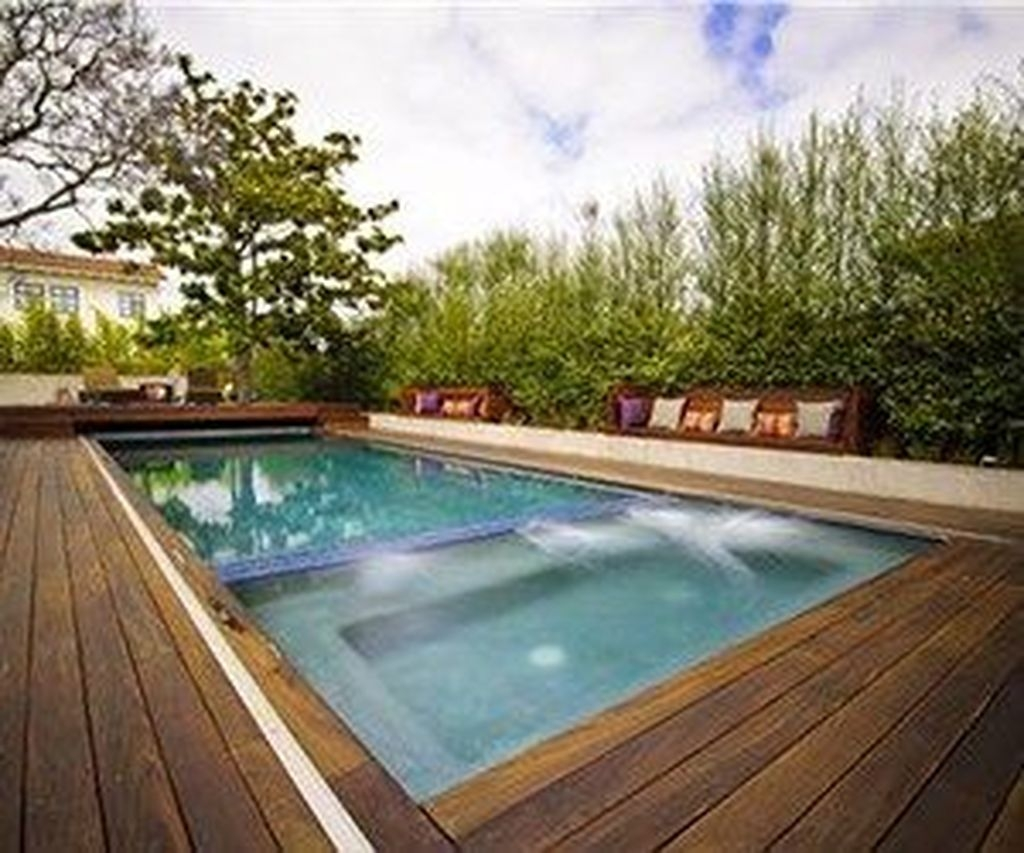 Totally Difference Pool Seating Ideas To Beautify Your Backyard 04