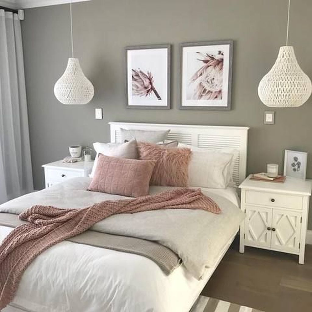 Fabulous White Bedroom Ideas To Make Your Sleep Comfortable 08