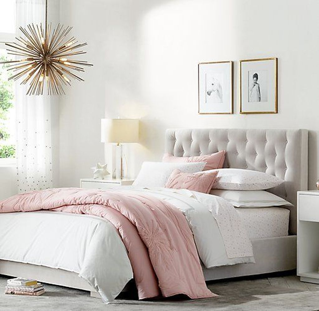 Fabulous White Bedroom Ideas To Make Your Sleep Comfortable 25