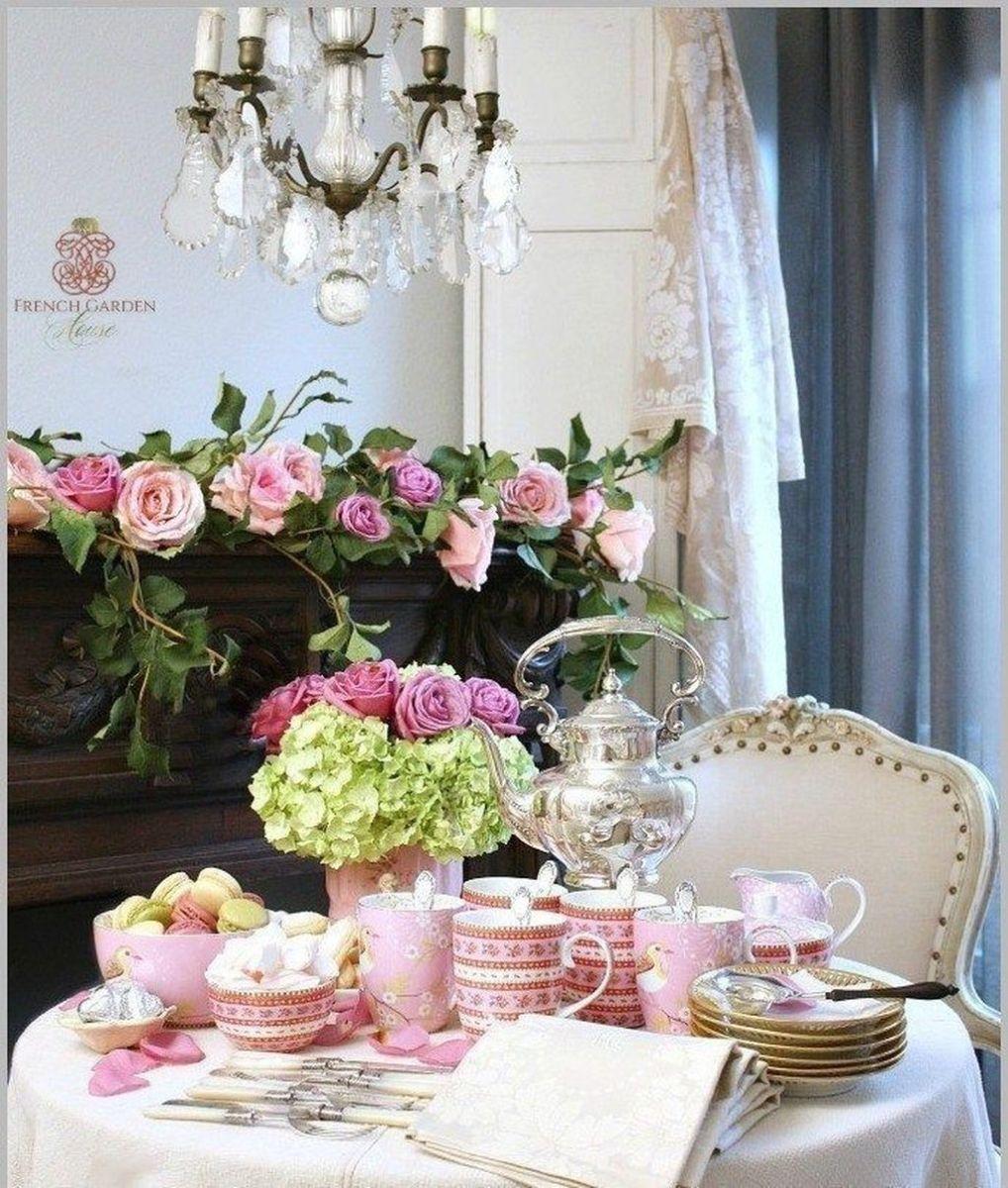 Inspiring Romantic Dining Table Decor Ideas 06