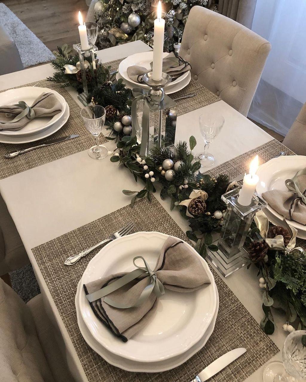 Inspiring Romantic Dining Table Decor Ideas 28
