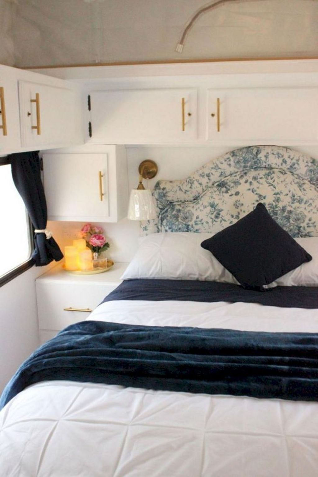 Nice RV Bedroom Ideas That Will Inspire You 01