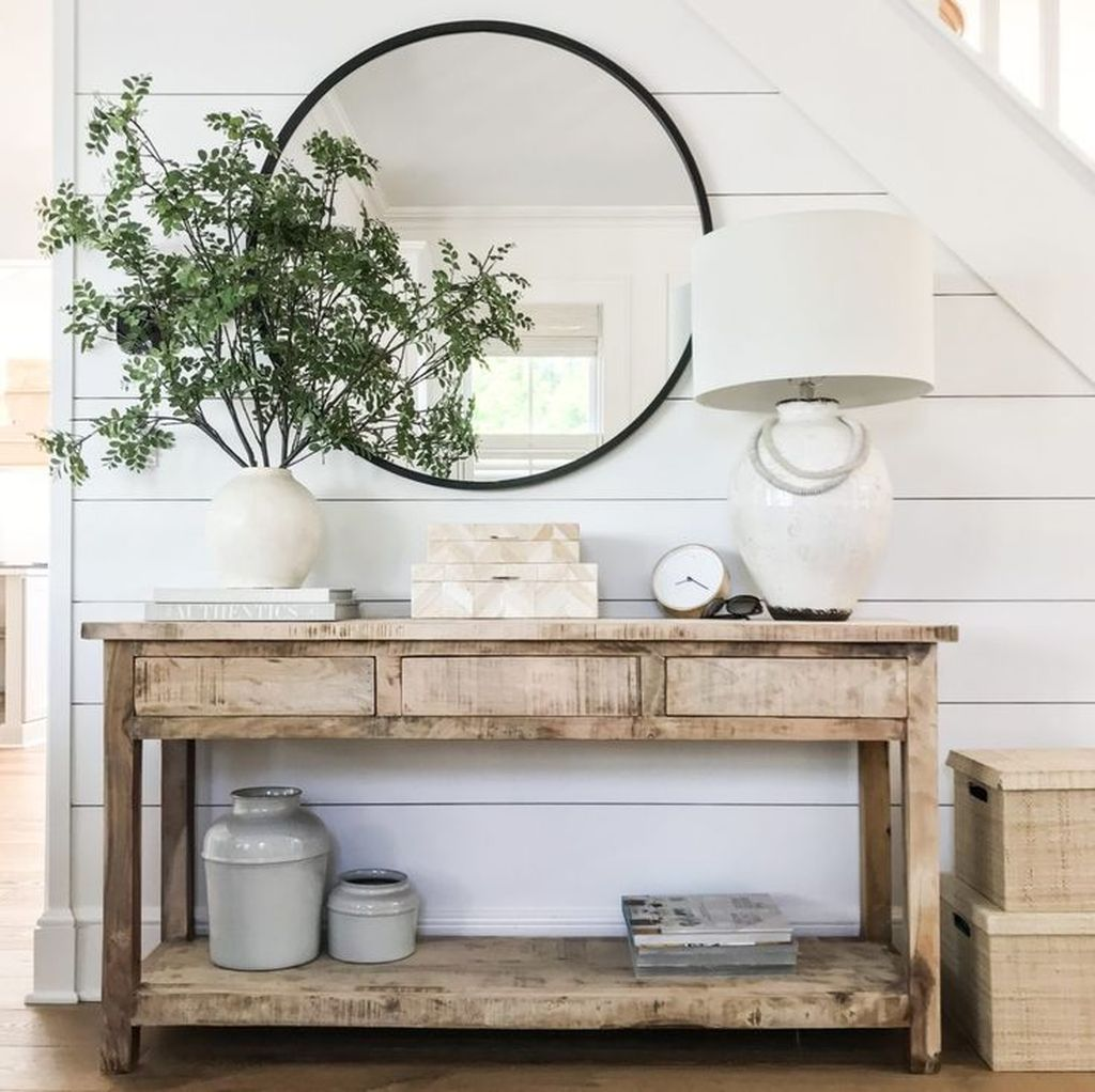 Popular Entryway Decor Ideas You Should Copy Now 13