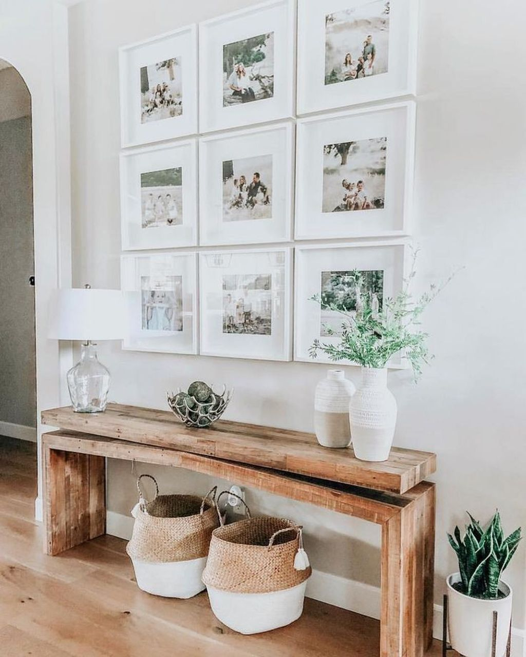 Popular Entryway Decor Ideas You Should Copy Now 21