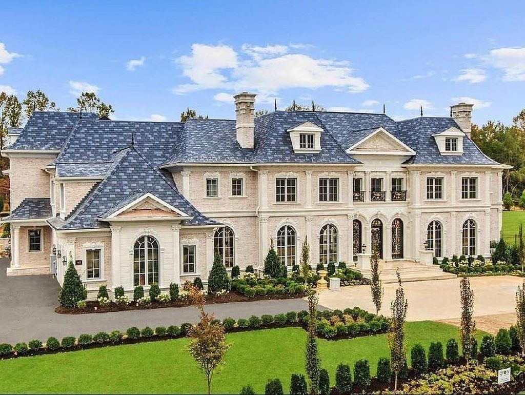 The Best European House Exterior Design Ideas 15