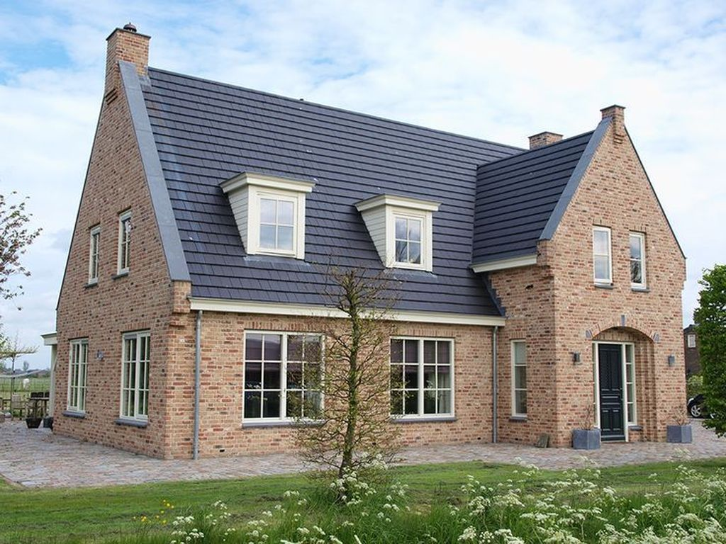 The Best European House Exterior Design Ideas 16