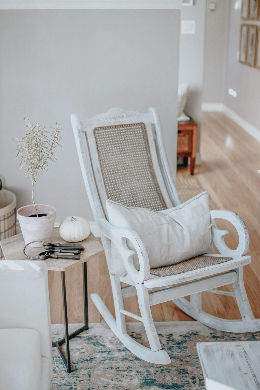Amazing Rocking Chair Design Ideas 26