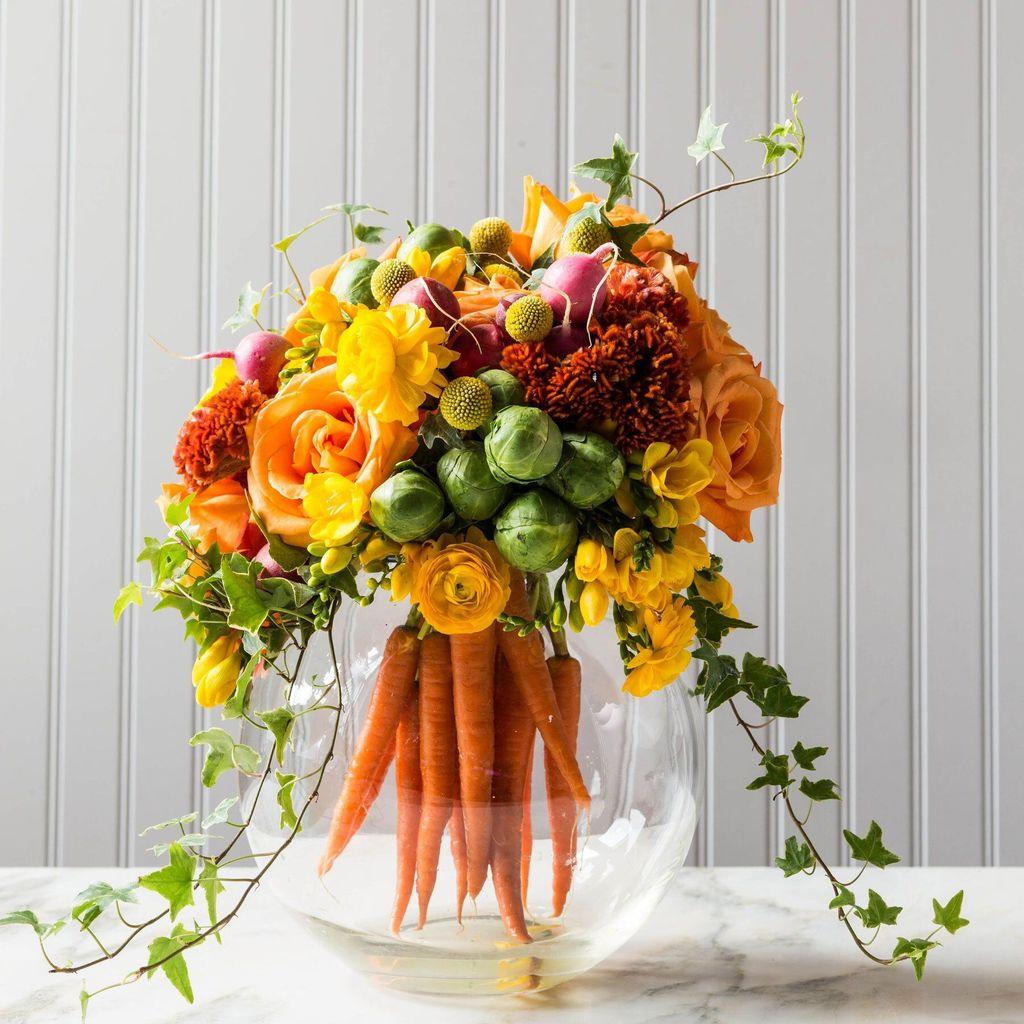 Beautiful Spring Floral Arrangements For Home Decoration 22