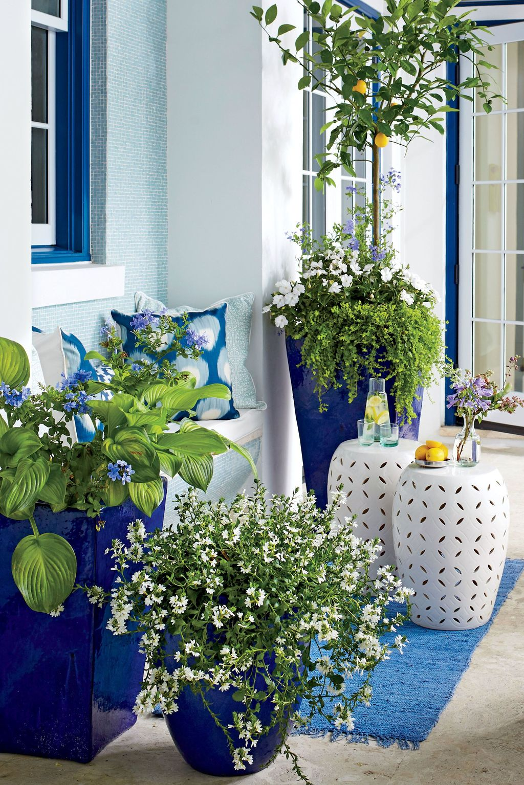 Beautiful Spring Outdoor Decor Ideas 03
