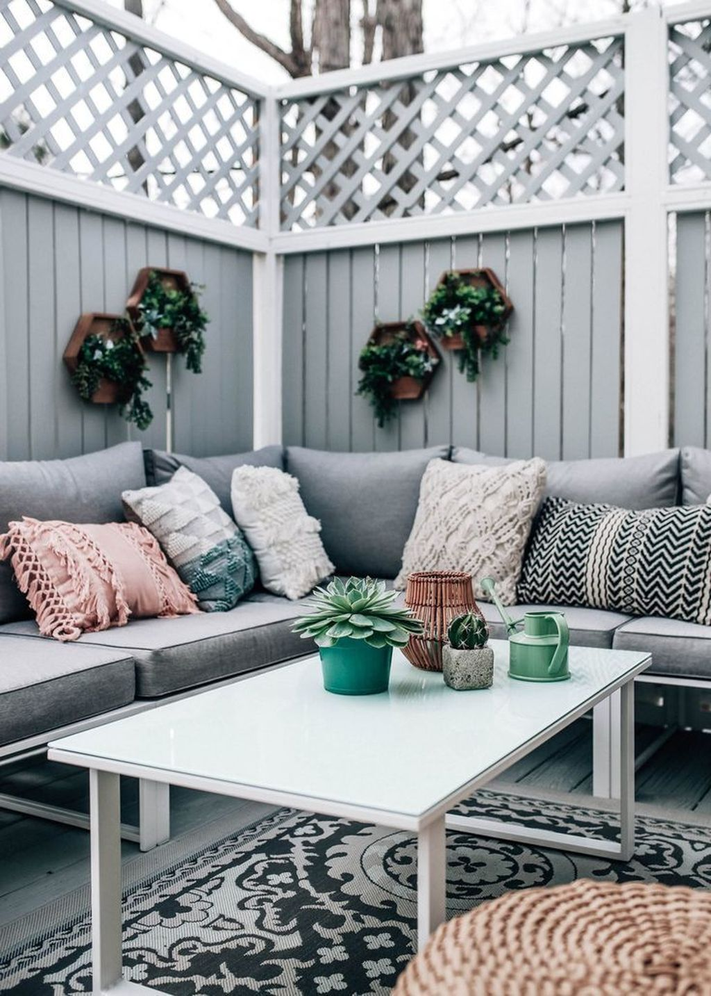 Beautiful Spring Outdoor Decor Ideas 06