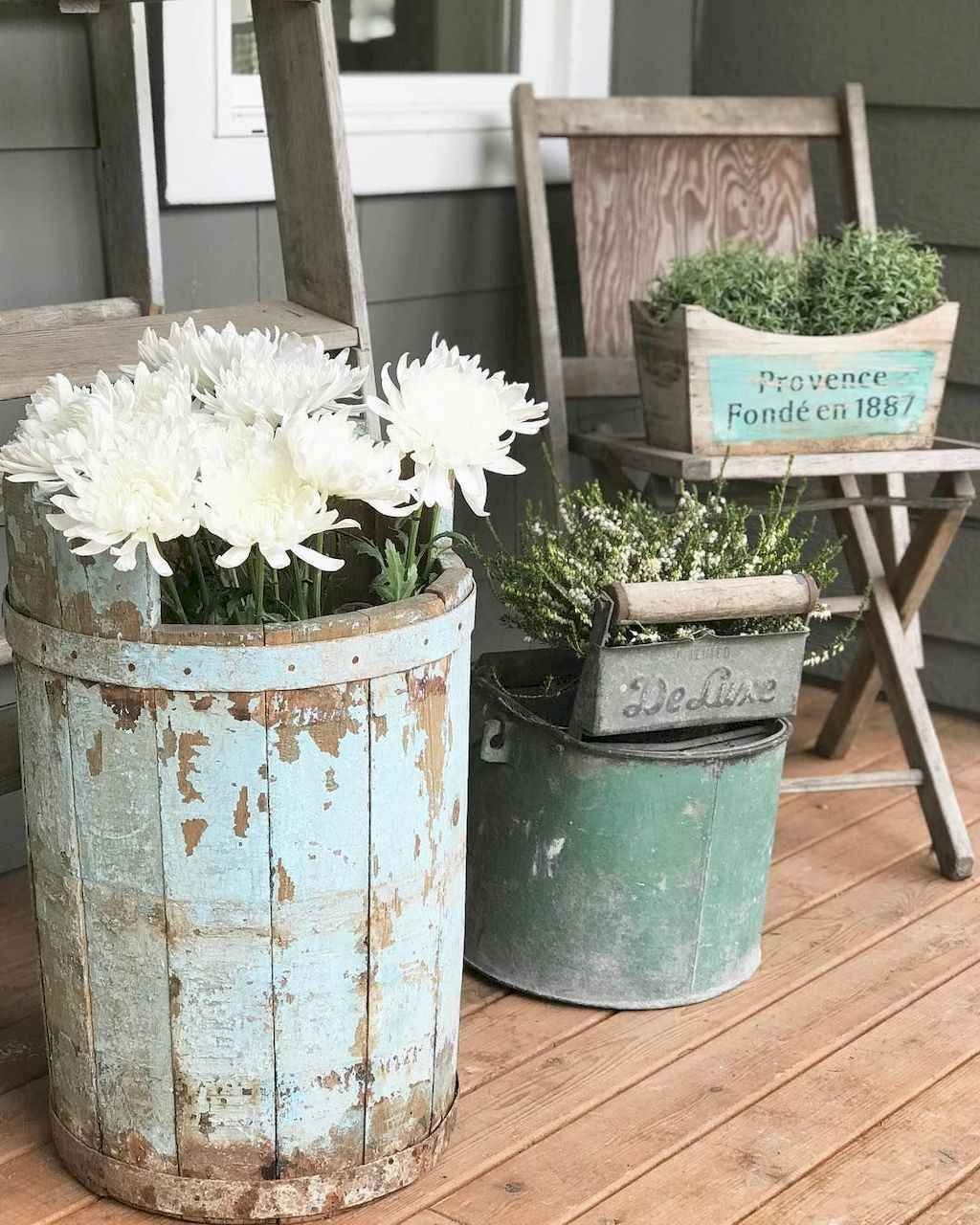 Beautiful Spring Outdoor Decor Ideas 28