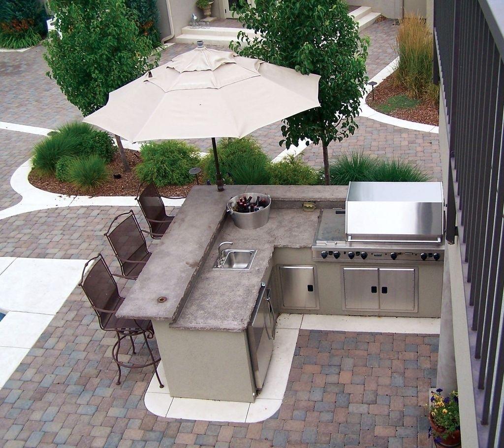 Fabulous Outdoor Kitchen Design Ideas 15