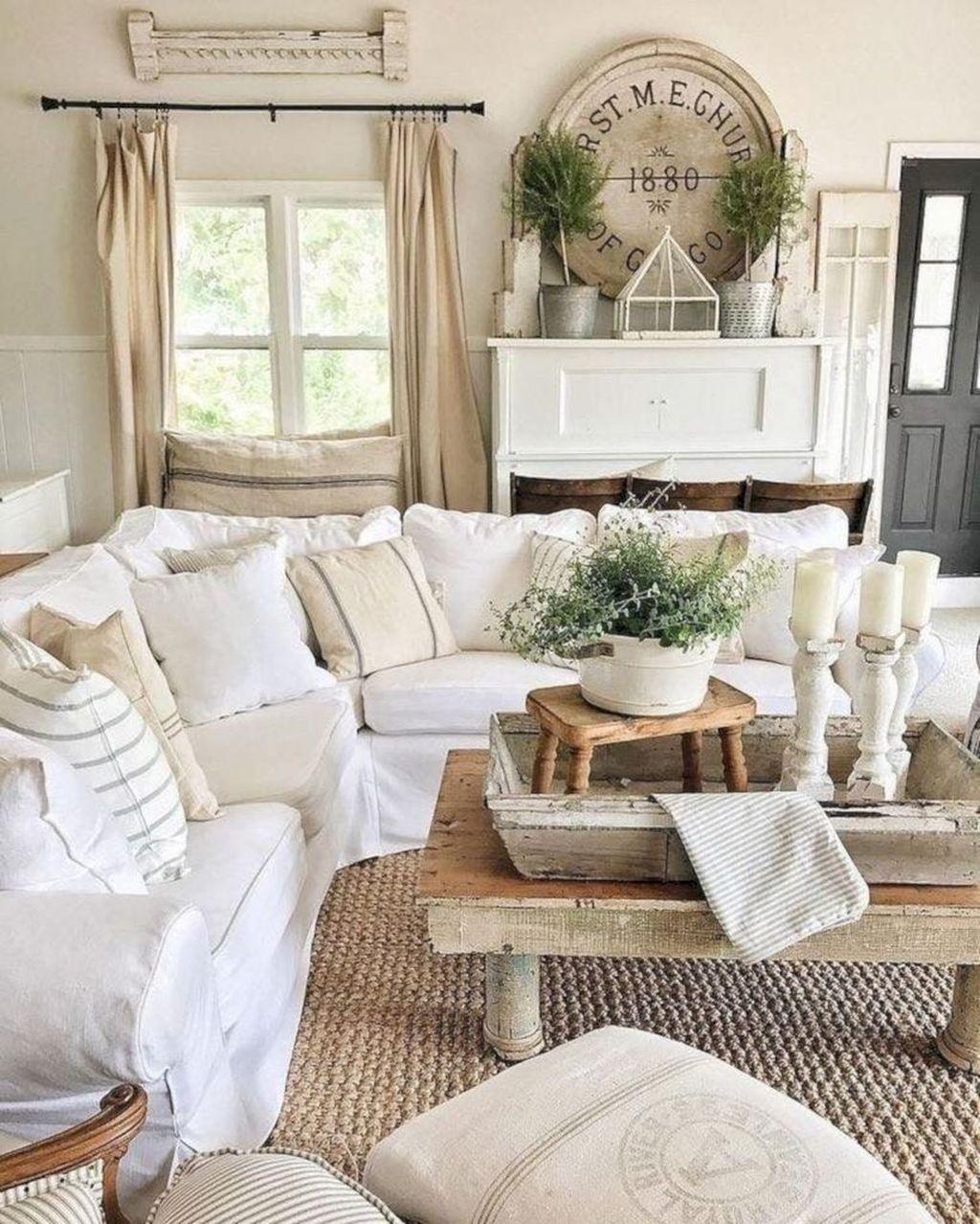 Fabulous Spring Living Room Decor Ideas 11