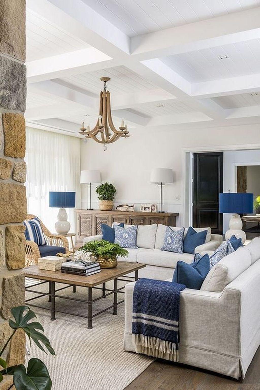 Fabulous Spring Living Room Decor Ideas 17