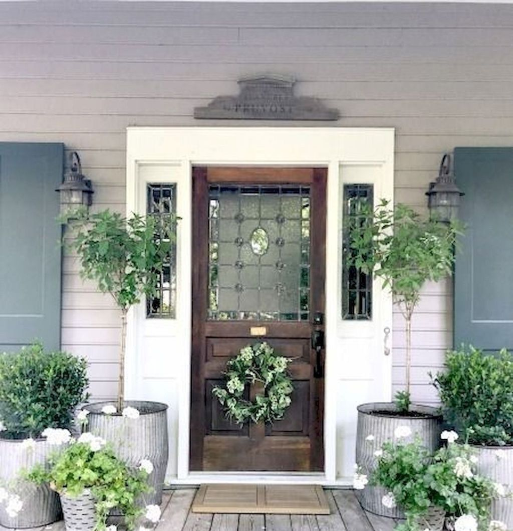 Fascinating Spring Porch Decor Ideas With Farmhouse Style 02