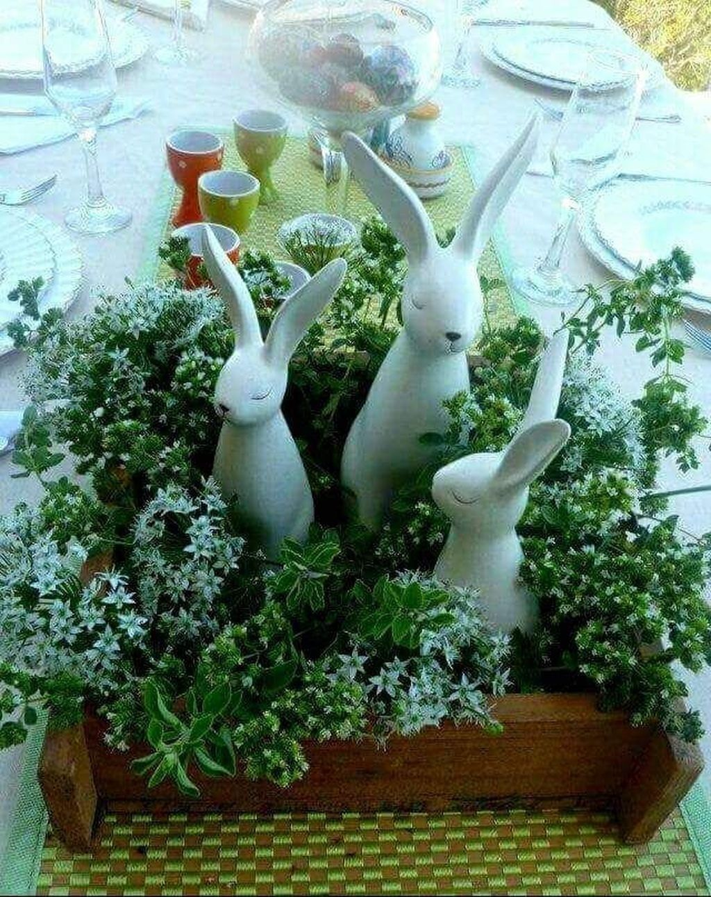 Inspiring Spring Table Centerpieces Best For Dining Room 25
