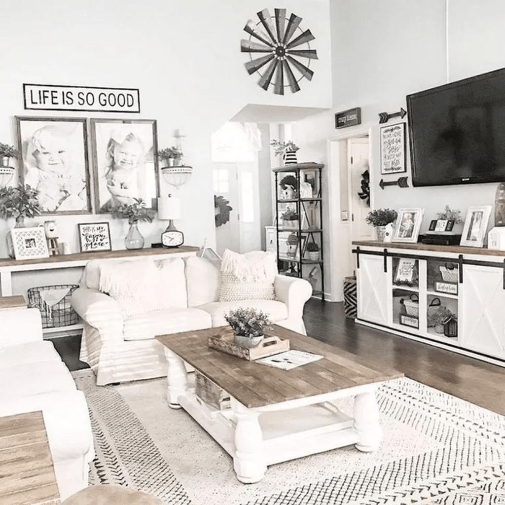 Lovely Modern Farmhouse Living Room Decor Ideas 16