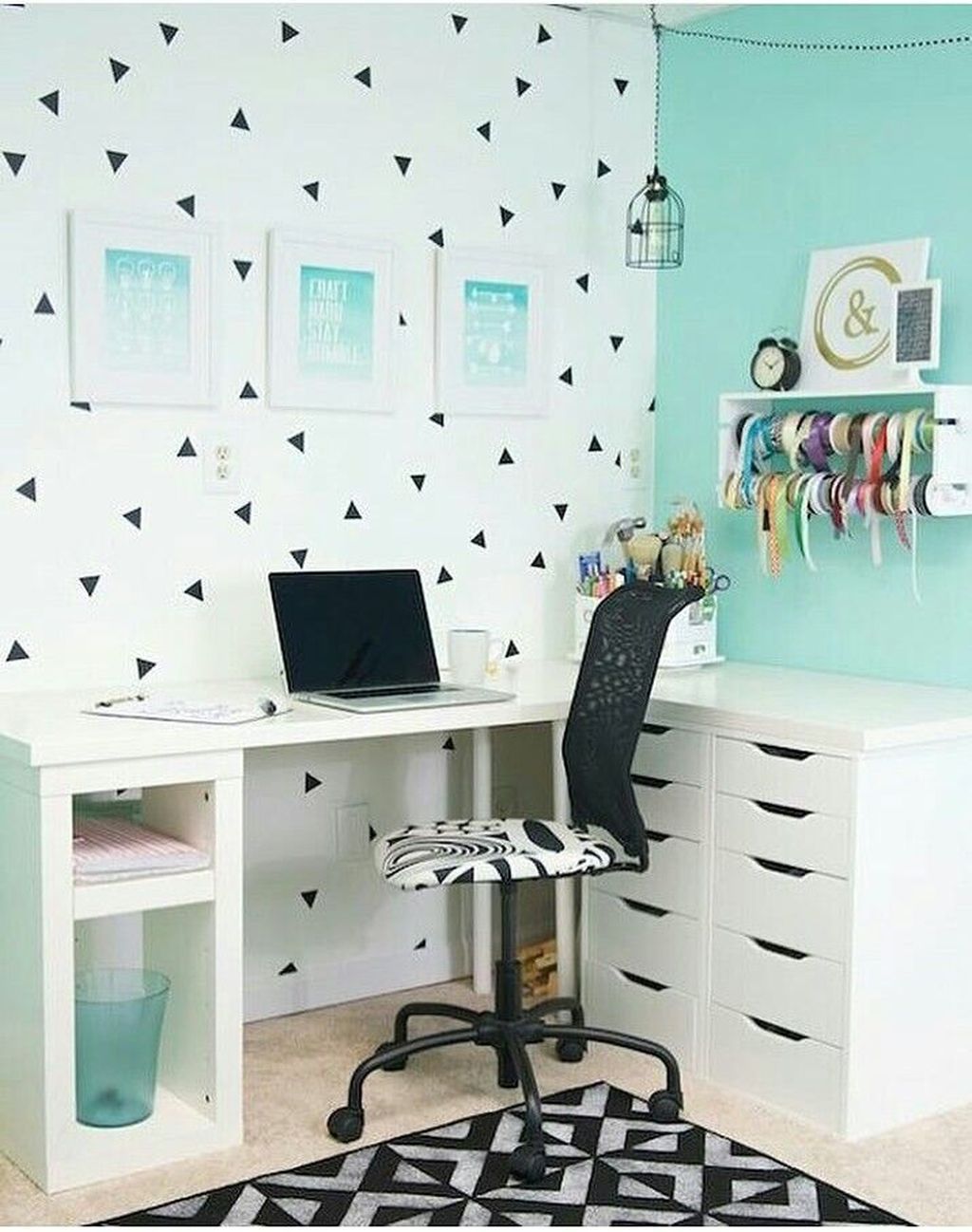 Perfect Bedroom Desk Ideas 24