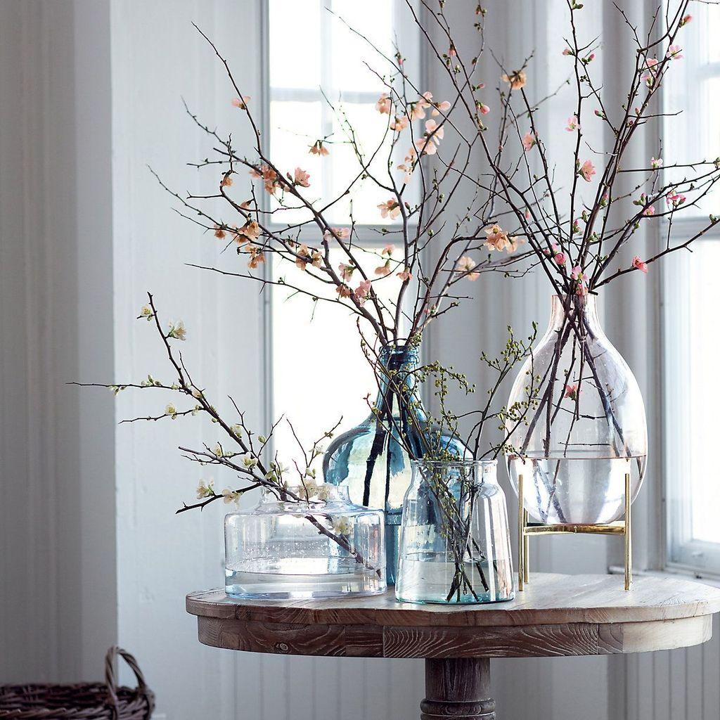 Stunning Apartment Spring Decor Ideas 26