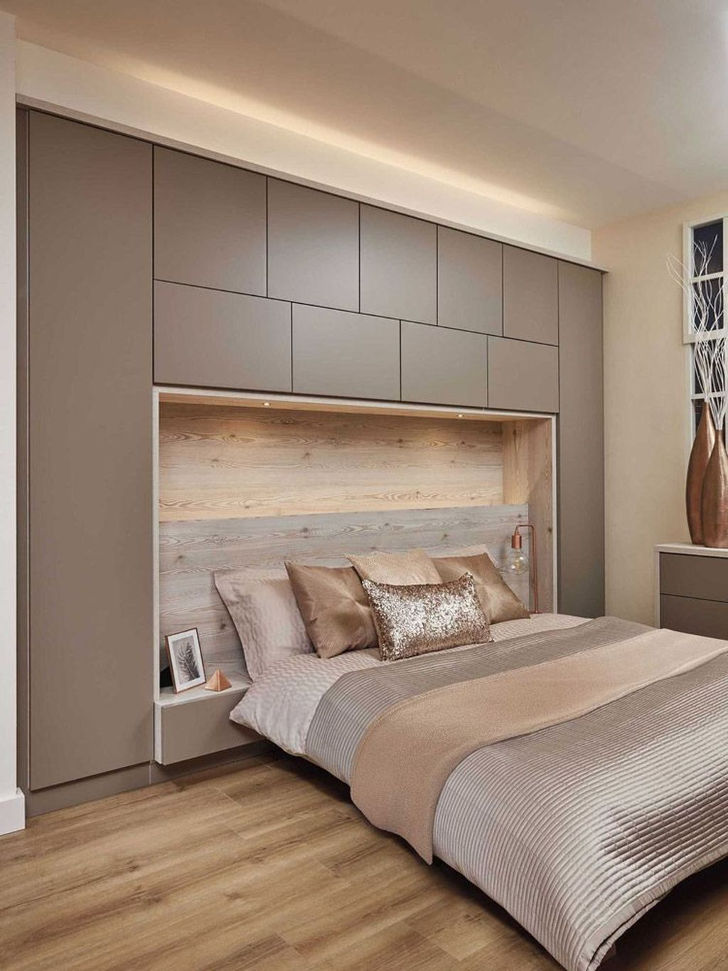 Stunning Bedroom Storage Ideas 01
