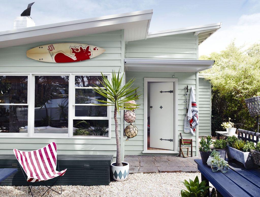 Admirable Beach House Exterior Design Ideas You Will Love 13