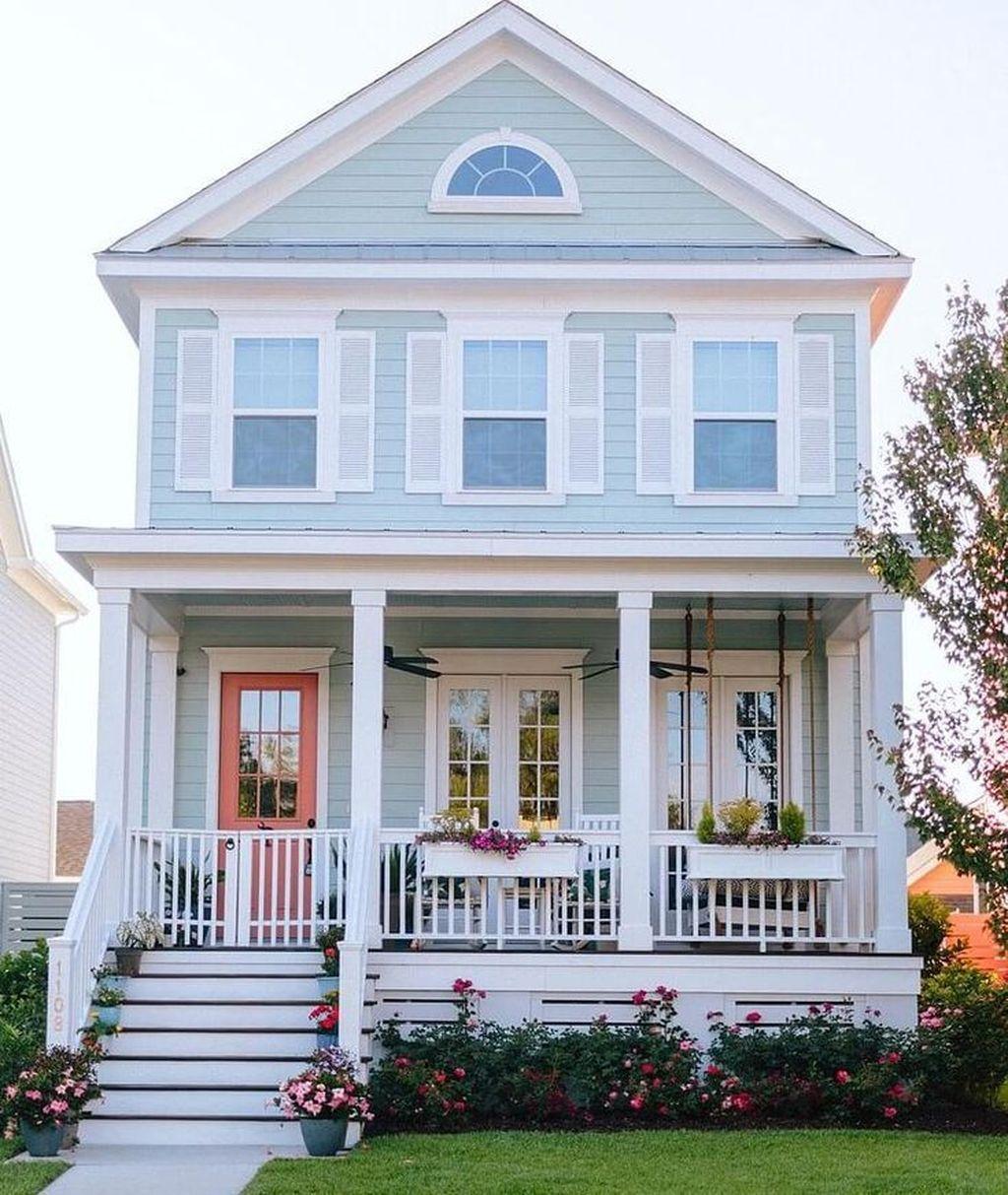 Admirable Beach House Exterior Design Ideas You Will Love 26