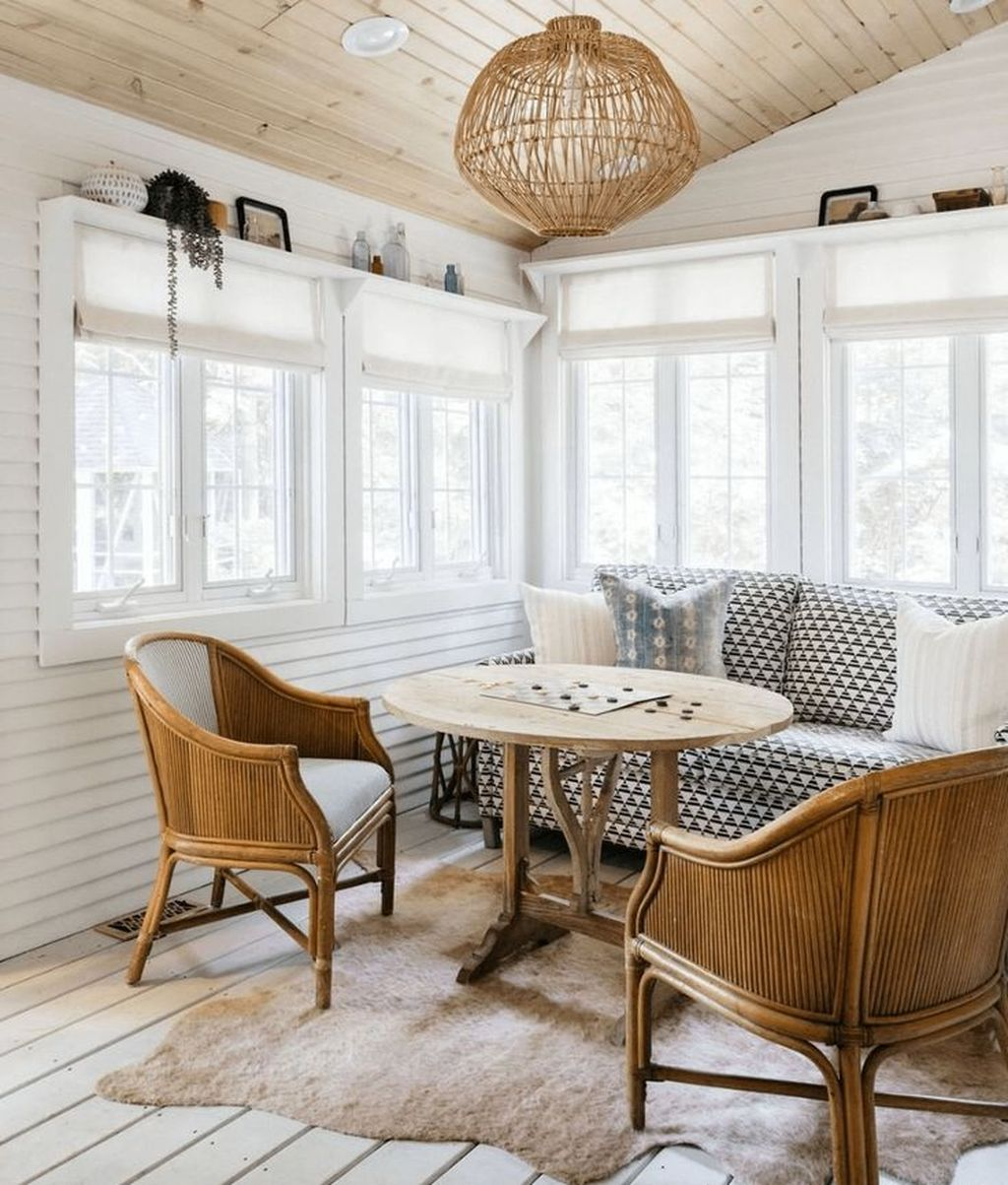 Admirable Sunroom Design Ideas You Must Have 16