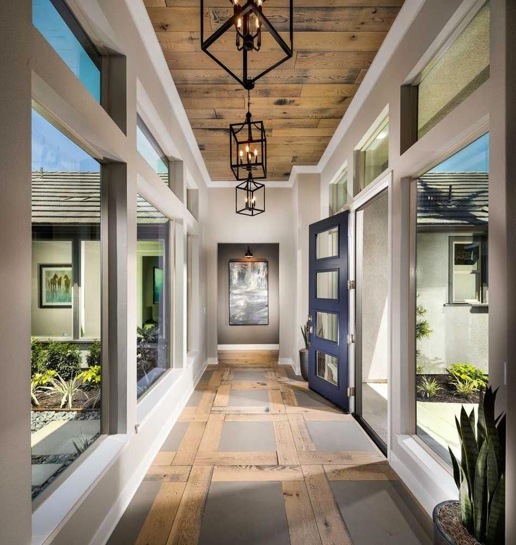 Admirable Sunroom Design Ideas You Must Have 31