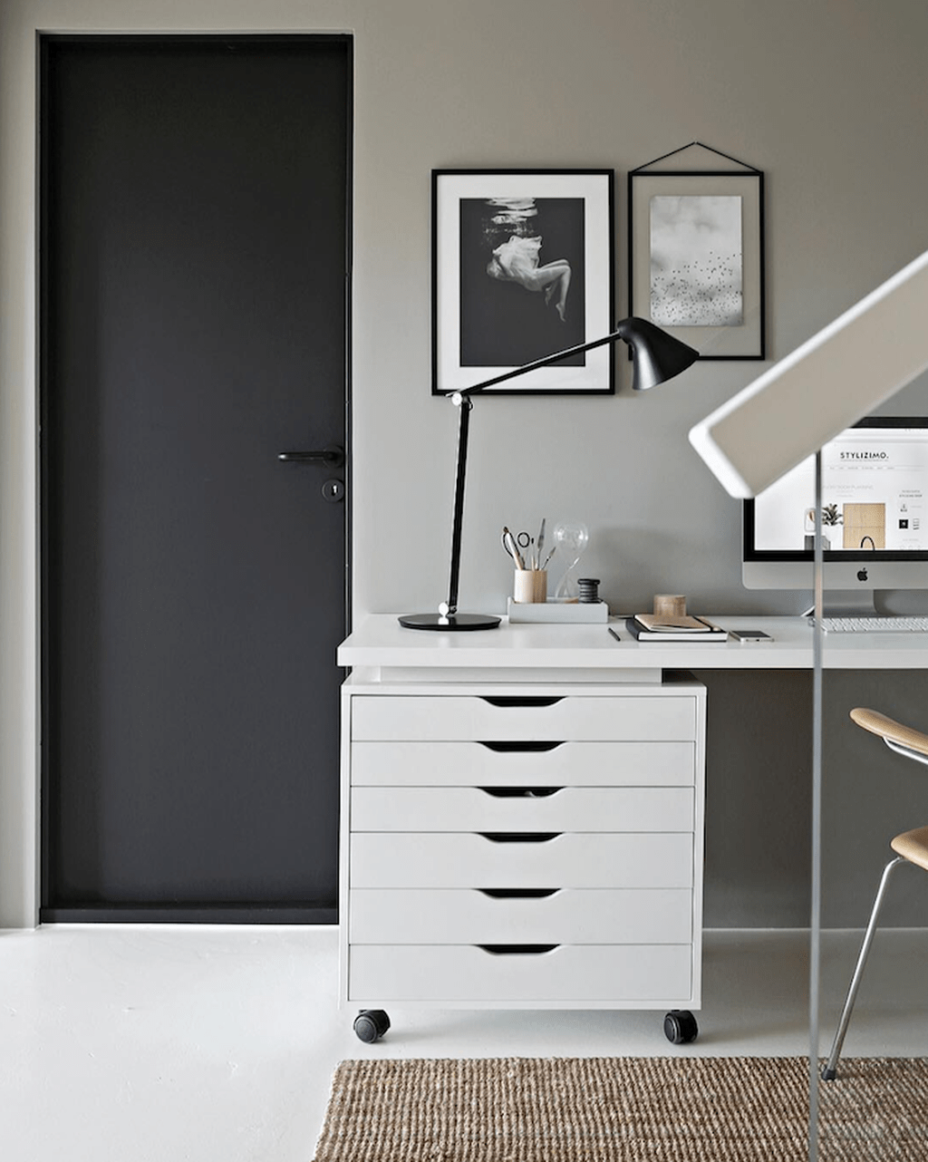 Awesome Scandinavian Home Office Design Ideas You Should Copy 14