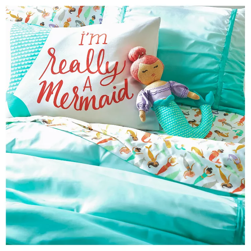 Beautiful Mermaid Theme Bedroom Decor Ideas For Girls 01