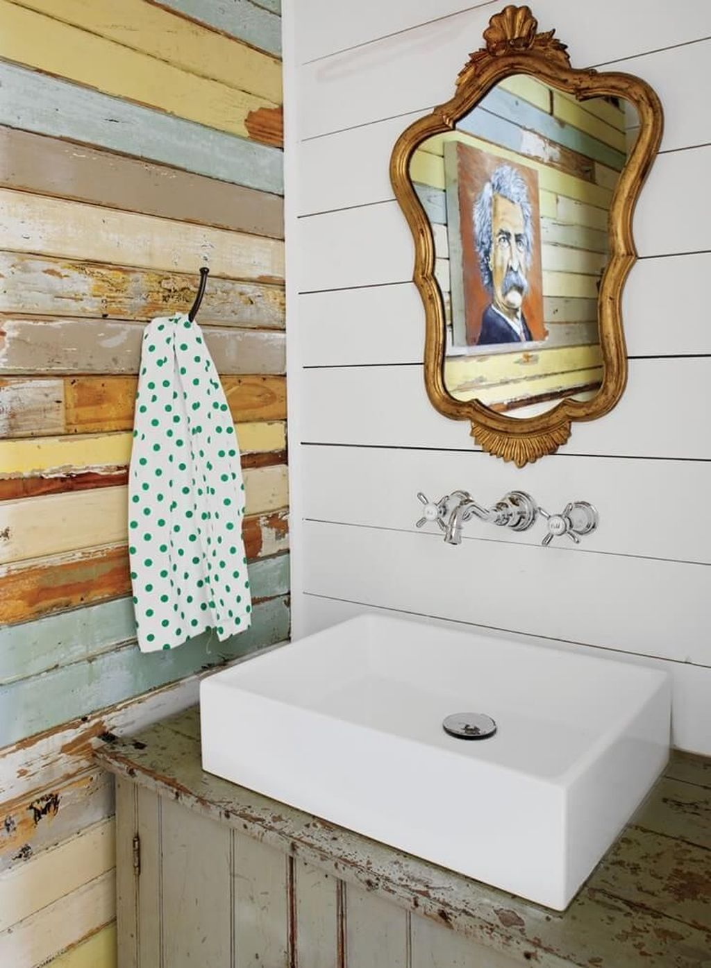 Fabulous Coastal Style Bathroom Decor Ideas 11
