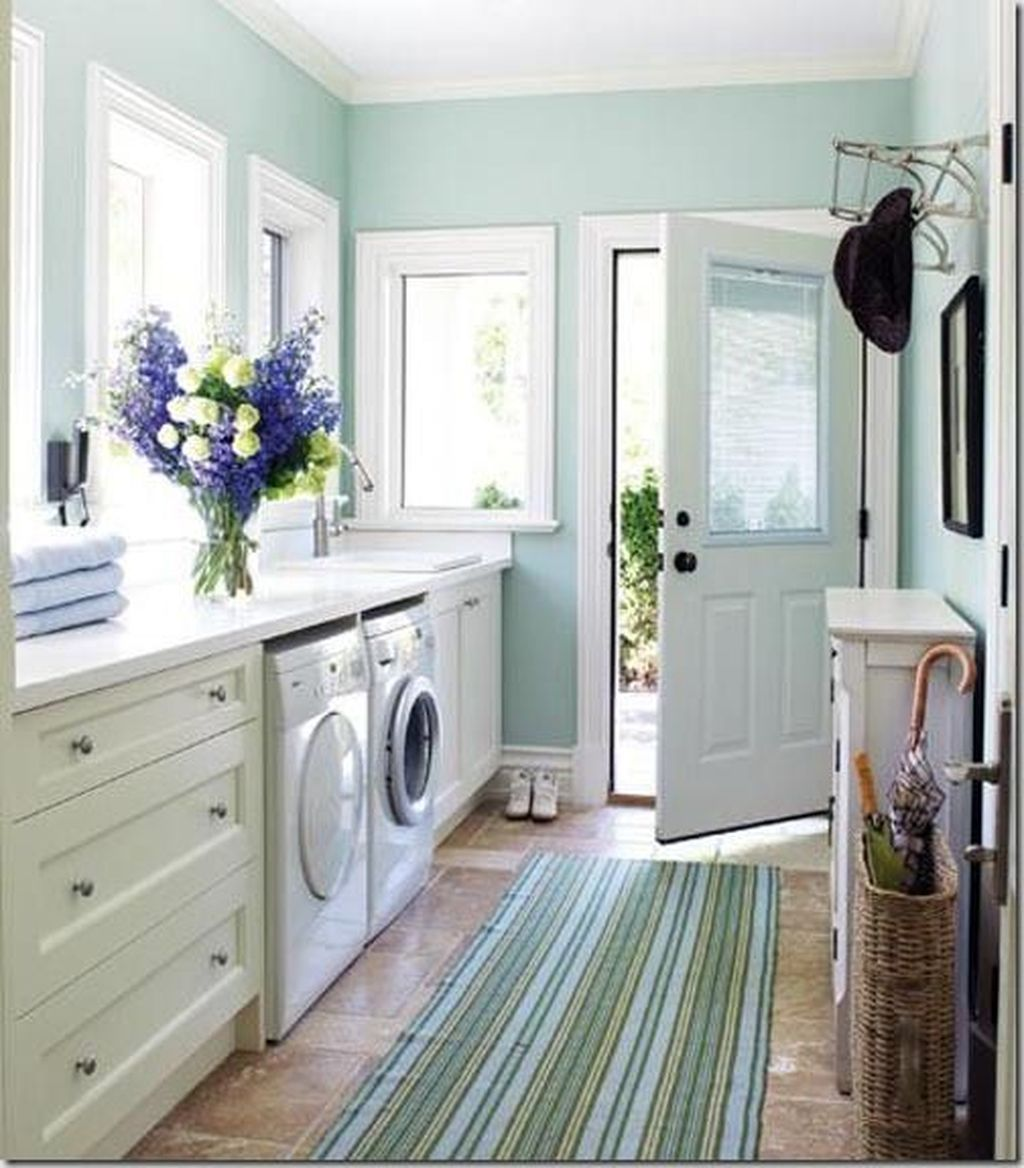 Fabulous Scandinavian Laundry Room Design Ideas 06