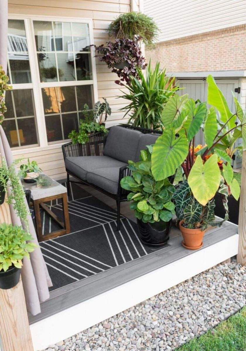 Fascinating Summer Patio Ideas To Beautify Your Garden 15