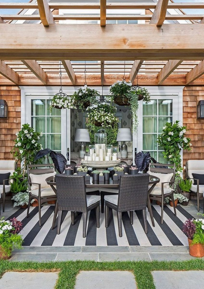 Fascinating Summer Patio Ideas To Beautify Your Garden 24
