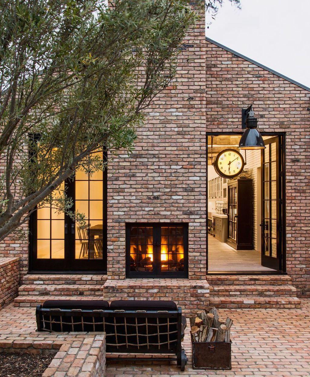 Impressive Brick House Exterior Design Ideas That You Definitely Like 07