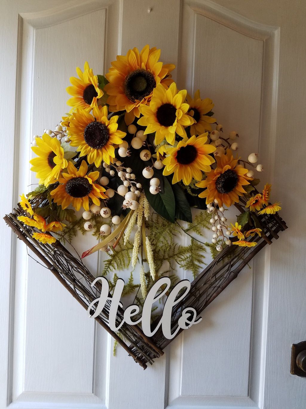 Inspiring Summer Wreath Design Ideas You Should Copy 10