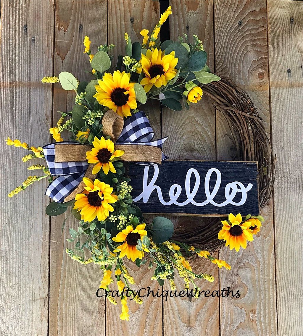 Inspiring Summer Wreath Design Ideas You Should Copy 11
