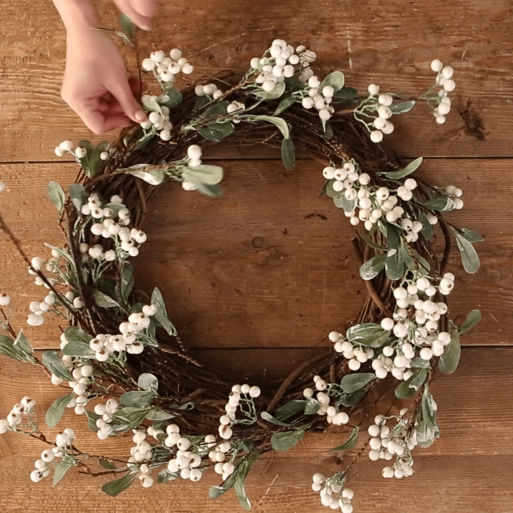 Inspiring Summer Wreath Design Ideas You Should Copy 21