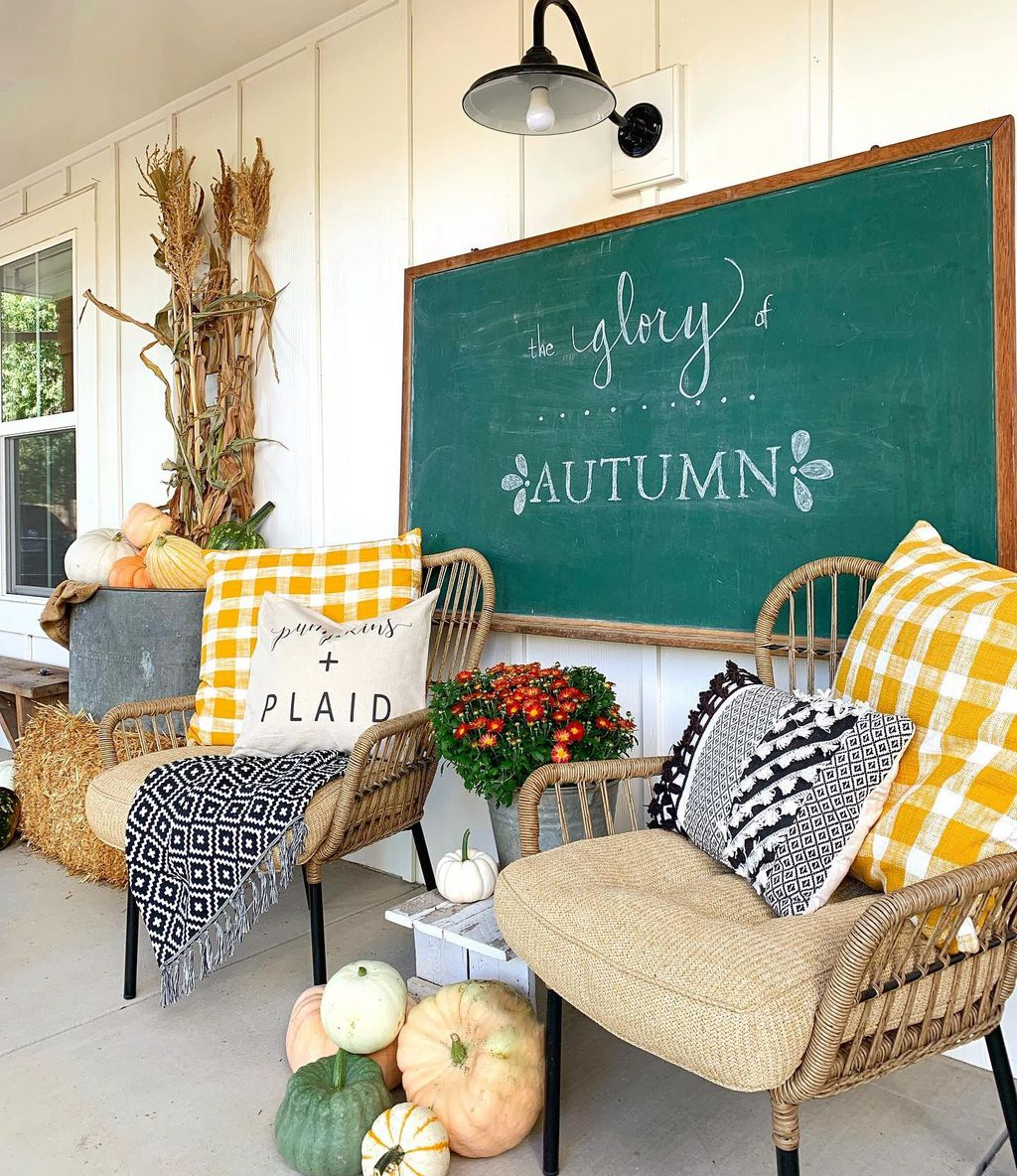 Lovely Rustic Porch Ideas To Beautify Your Home 03